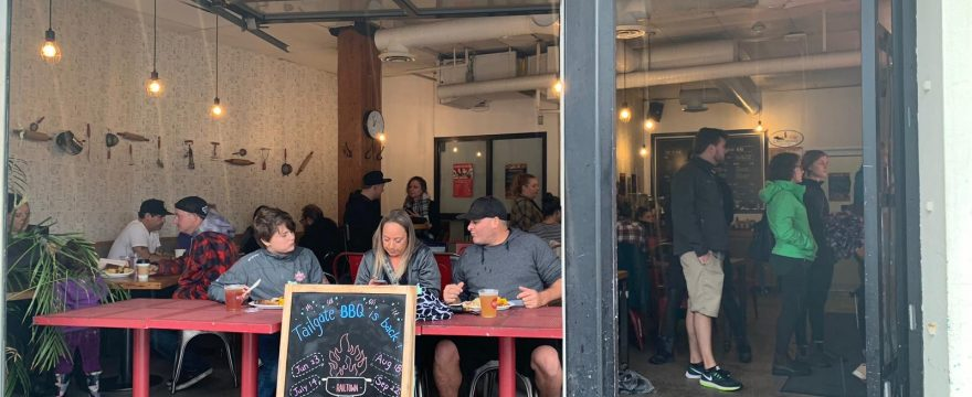 RAILTOWN TAILGATE   –  A BBQ party on a rainy day